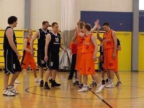 Pildid kaustas 2009 veerandfinaal Tesman-Orissaare